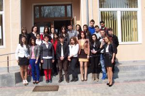 """Primul proiect zonal din cadrul programului """"Tineret în acţiune"""", finalizat cu succes"""