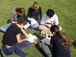 Toamna se numără bobocii – Peste 10.000 de tineri educaţi prin campania 'Îndrăzneşte să fii mare!'